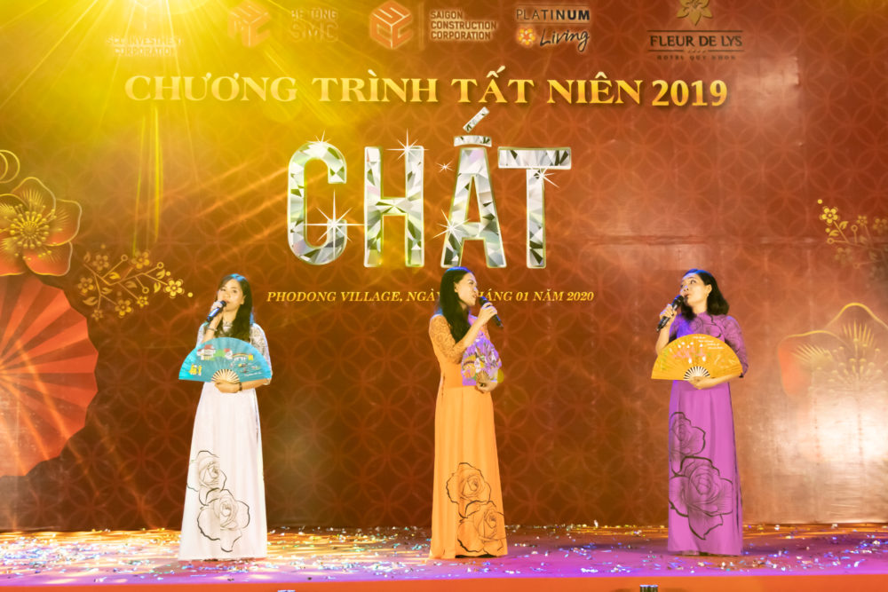 chuong-trinh-gala-dinner-chu-de-chat-tai-phodong-village-16