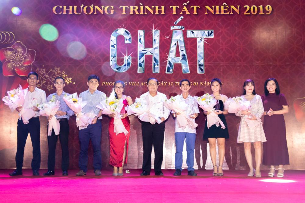 chuong-trinh-gala-dinner-chu-de-chat-tai-phodong-village-7